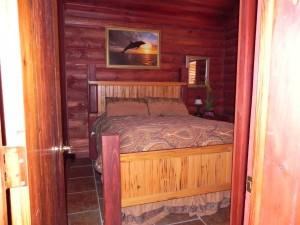Bed Room At Bayou Log Cabins Fishing Lodge