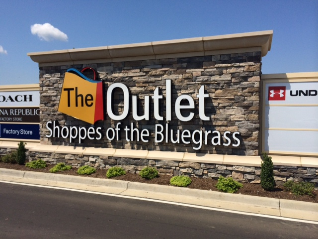 The Outlet Shoppes of the Bluegrass Monument Installed
