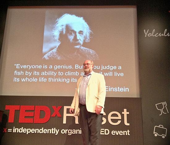 Futurist-Thomas-Frey-at-TEDxReset-Istanbul-2012-201