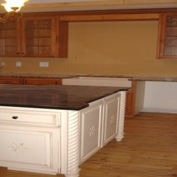 Chicago's own Home Services Direct tackled this kitchen remodeling project with the small details in mind.