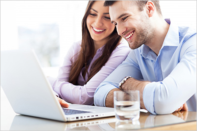 Couple-On-Laptop2