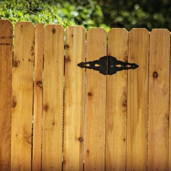 Count on our wooden fencing installations!
